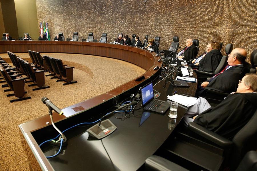 Desembargadores, durante sessão no prédio do Judiciário. Foto: Caio Loureiro