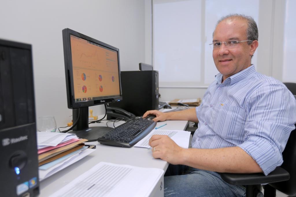 O servidor Cleógenes Rizzo foi o responsável pelo treinamento nas unidades.