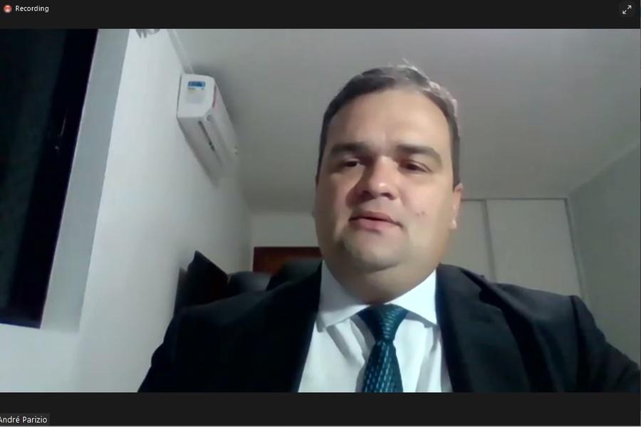 Juiz André Parízio