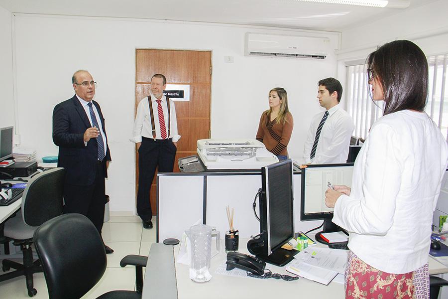 Desembargador Fernando Tourinho visita a Corregedoria