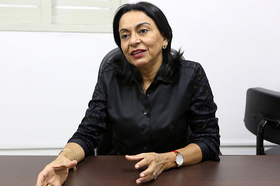 Juíza Maria Verônica Correia, titular do 1º Juizado Especial de Maceió.