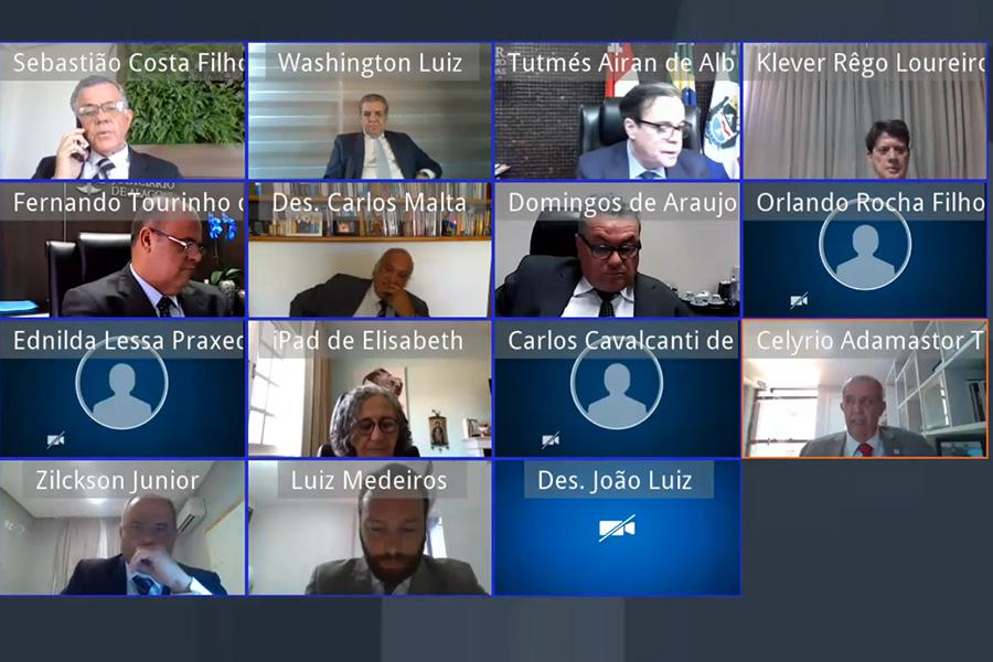 Sessão administrativa do Pleno do Tribunal de Justiça de Alagoas, nesta terça-feira (13)