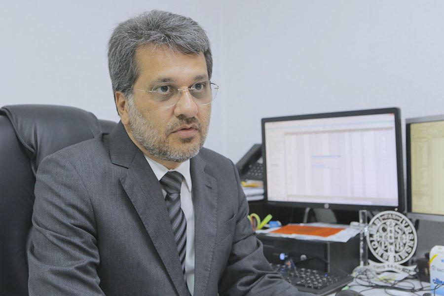 Juiz Ayrton de Luna Tenório