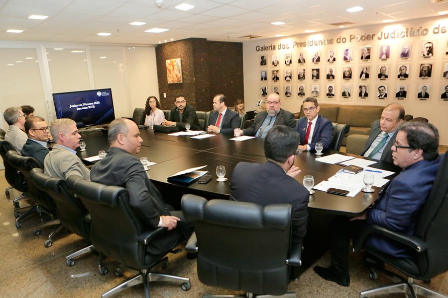 Informações apresentadas ao presidente Tutmés Airan são referentes ao planejamento estratégico do TJAL. Foto: Adeildo Lobo