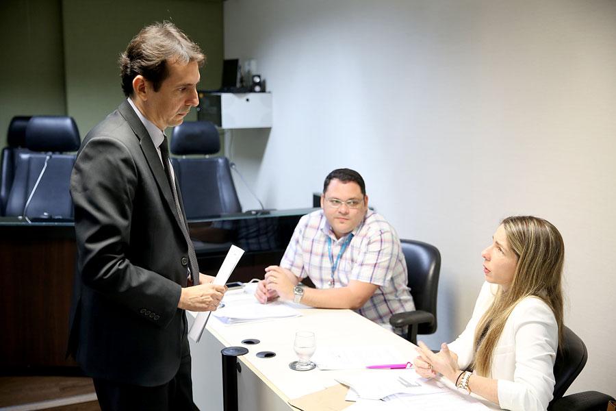 Magistrada recebeu subdiretor-geral do TJ, que entregou sugestões
