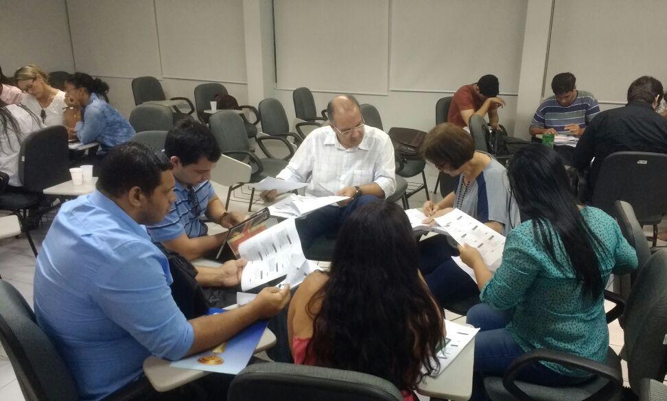 Cursistas realizaram debates em grupo com o objetivo de colocar em prática os conceitos apresentados