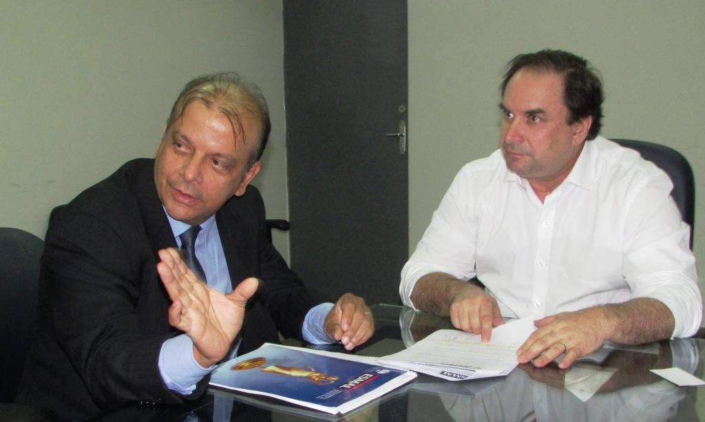 Juiz Manoel Cavalcante e secretário de Estado da Educação Luciano Barbosa