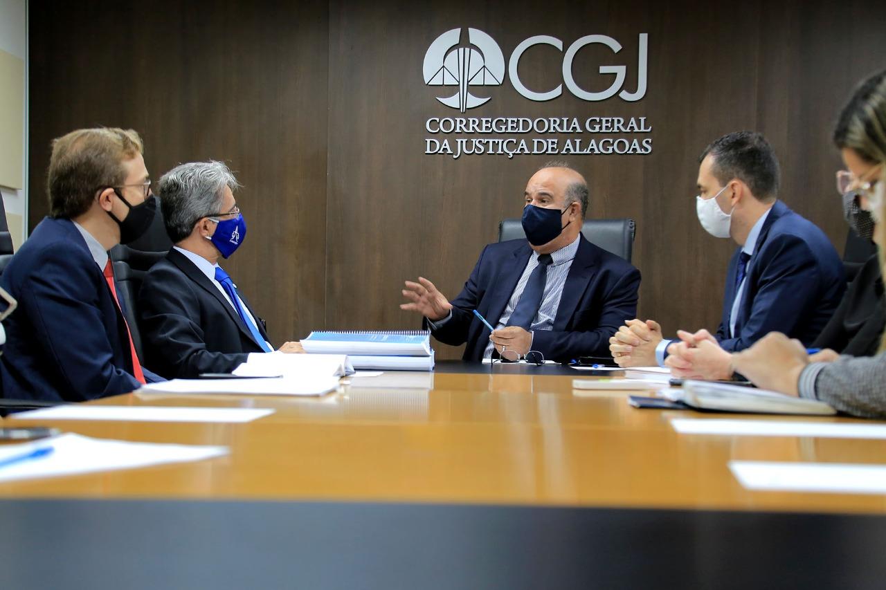 Encontro ocorreu na sede da CGJ/AL, no centro de Maceió. Foto: Itawi Albuquerque