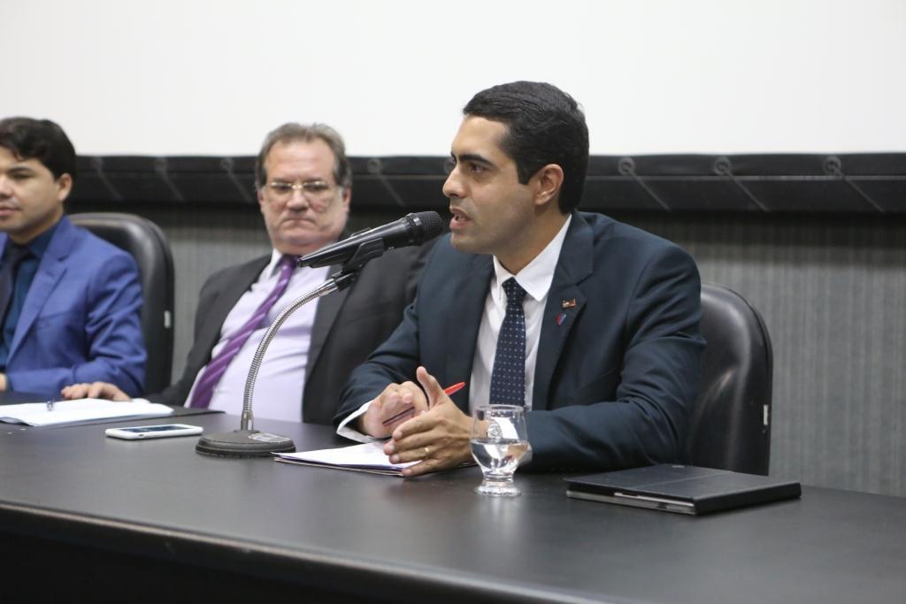 Advogado criminalista Leonardo Moraes.