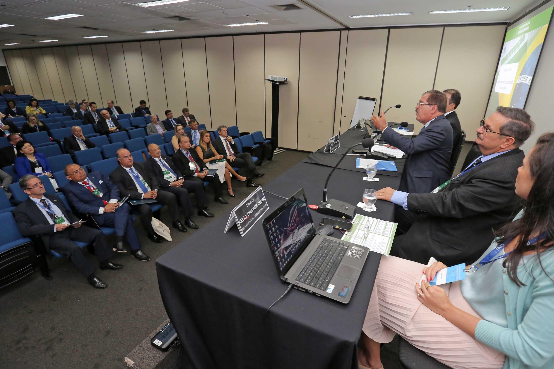 Ministro Humberto Martins discursando antes da palestra. Foto: Itawi Albuquerque
