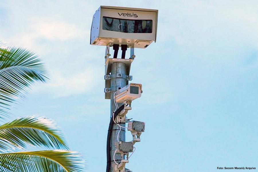 Radares que fiscalizam a velocidade dos automóveis deverão ser retirados.