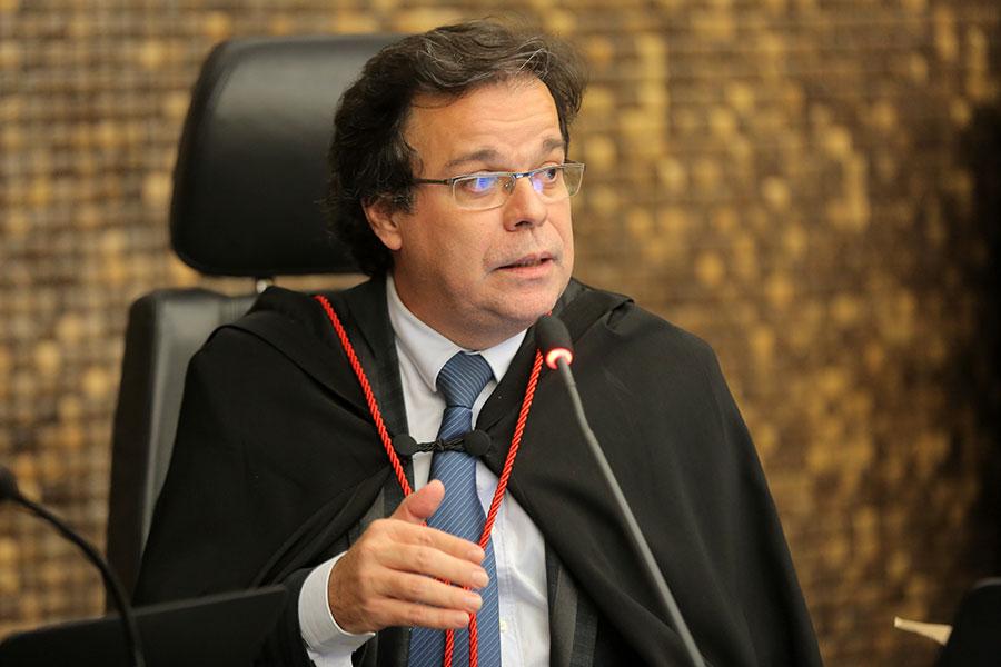 Desembargador Tutmés Airan de Albuquerque Melo, relator do processo.