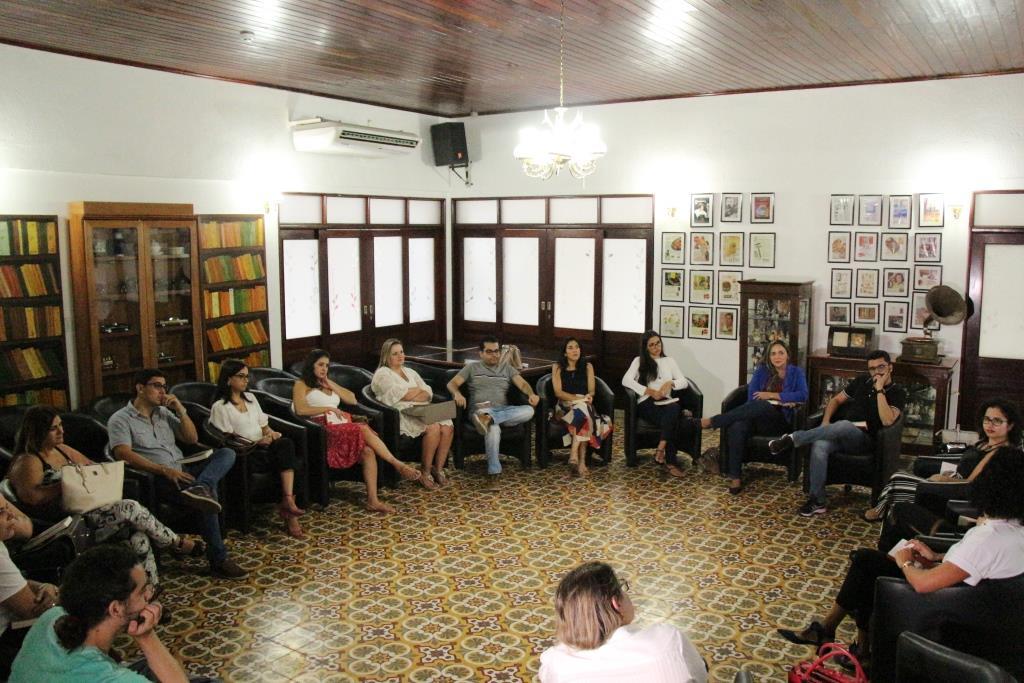 Servidores se reuniram no Café Literário da Esmal.