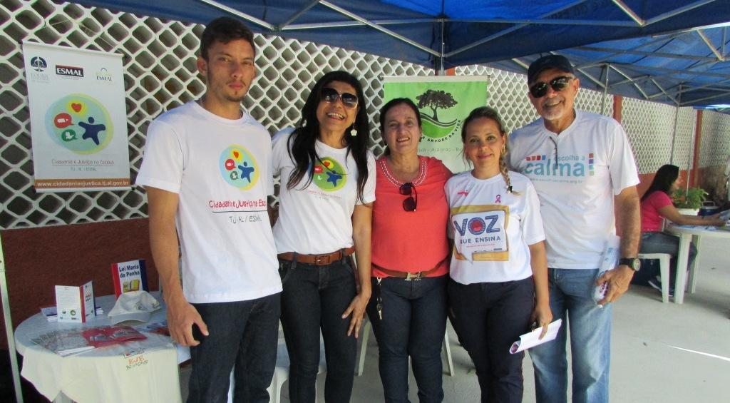 Equipe do PCJE com organizadores do evento