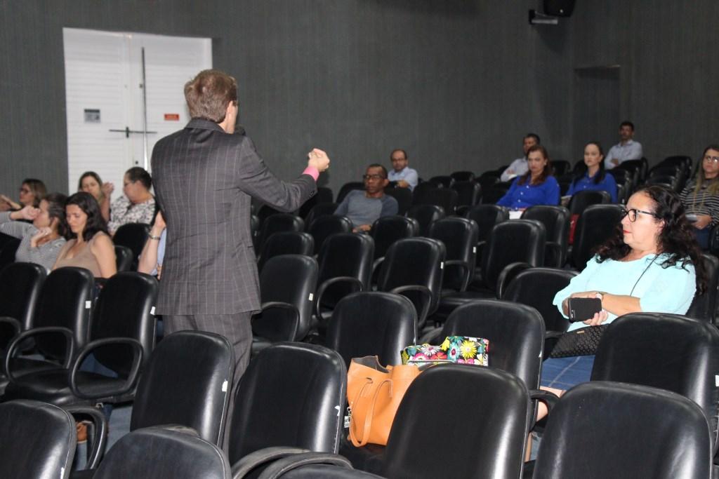 Capacitação reuniu cerca de 80 servidores na sede da Esmal