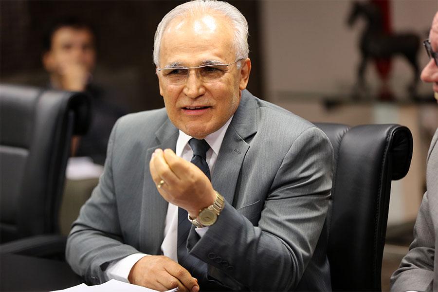 Juiz Maurílio Ferraz.
