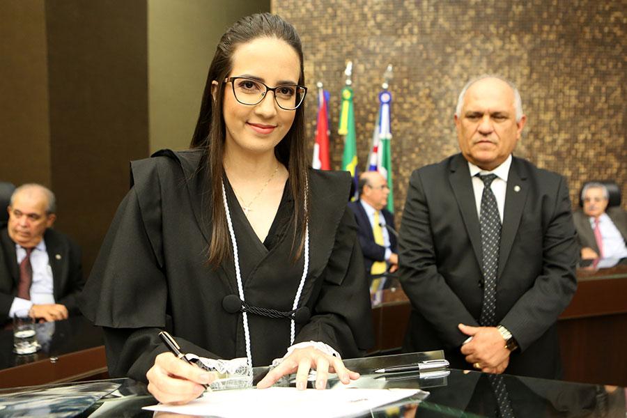 Juíza Vilma Renata Jatobá de Carvalho.
