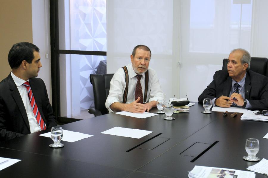 Vice-presidente e corregedor discutem interiorização das audiências de custódia