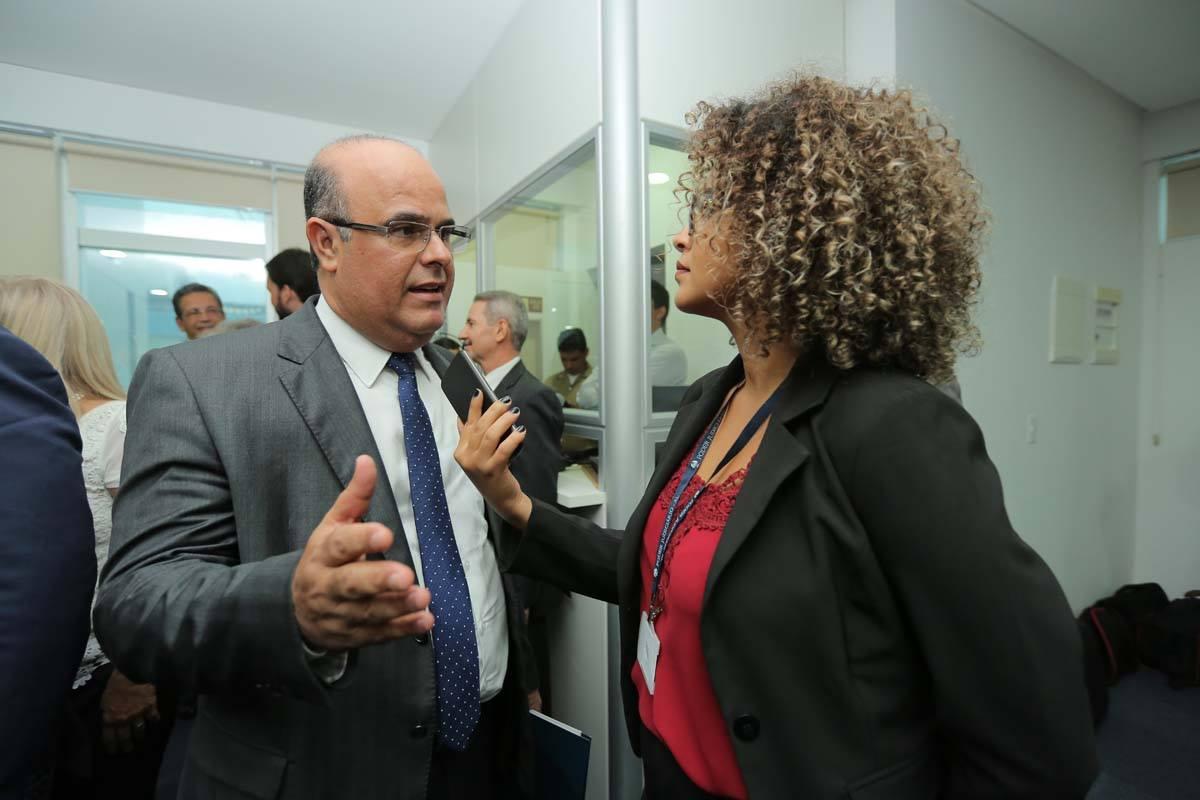 Desembargador Fernando Tourinho de Omena Souza, diretor-geral da Esmal