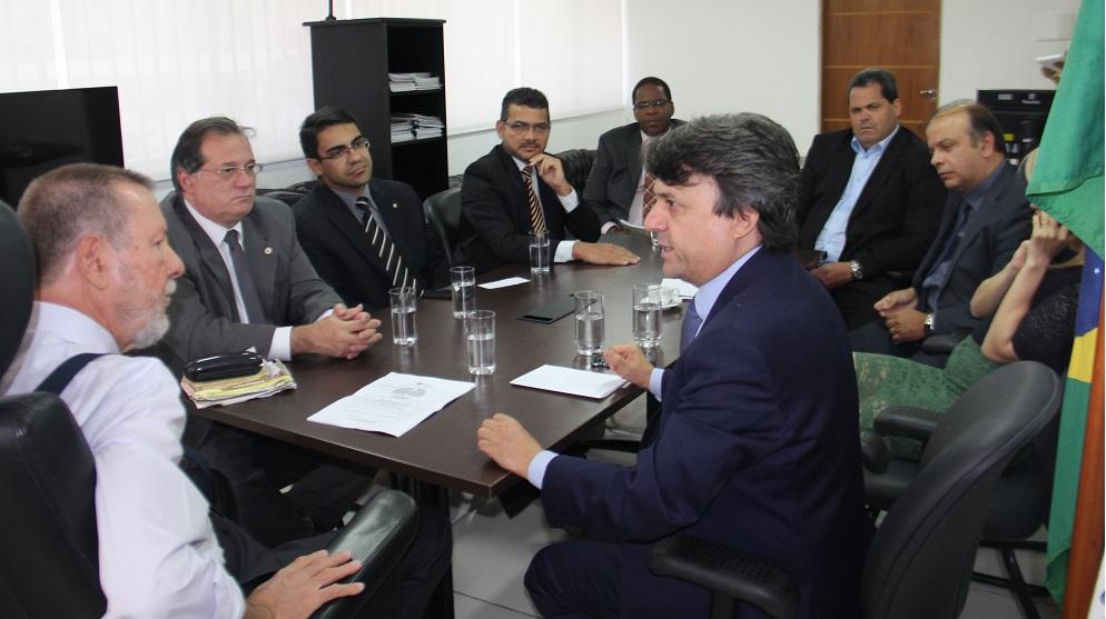 Nova diretoria da Almagis visita a Corregedoria-Geral da Justiça