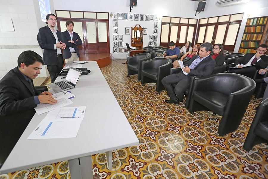 Juiz Hélio Pinheiro também avaliou artigos do II Enpejud.