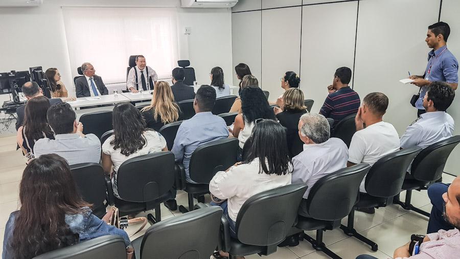 Reunião discutiu ações para unidades de internação e de semiliberdade de AL (Foto: Vítor Menezes)