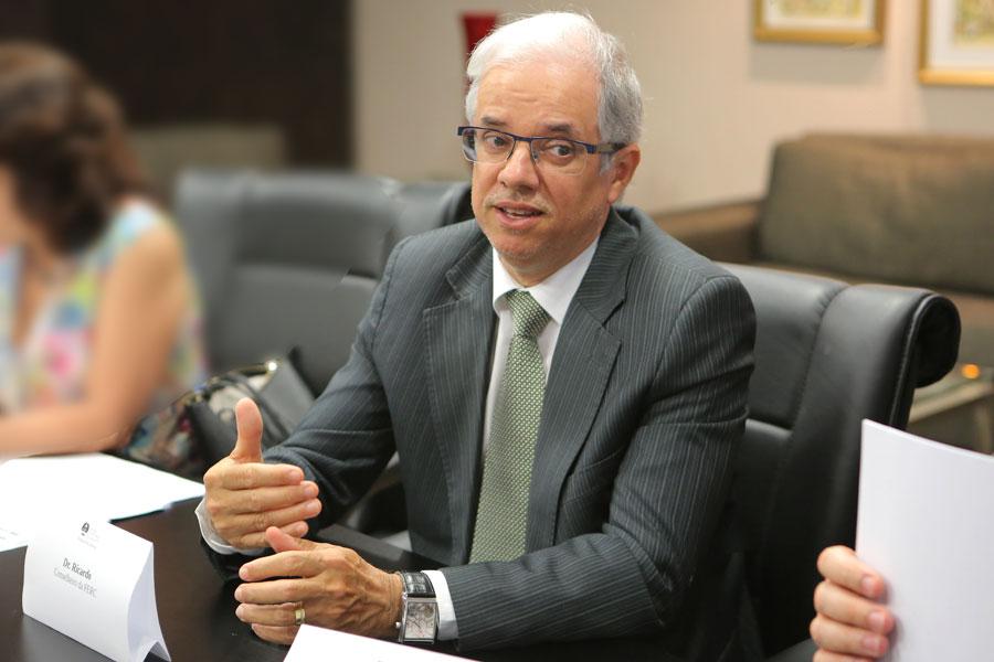 Juiz Ricardo Jorge, titular do 8º Juizado Especial de Maceió.