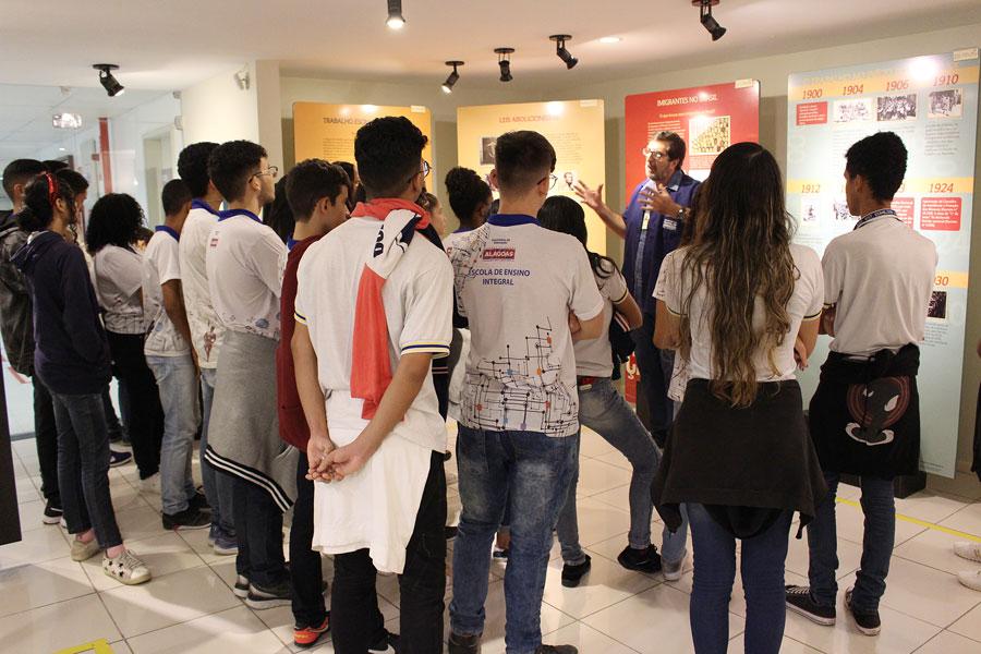 Estudantes conheceram a história de Pontes de Miranda e da Justiça do Trabalho.