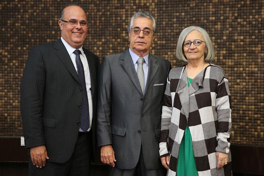 Fernando Tourinho, Alcides Gusmão e Elisabeth Carvalho.