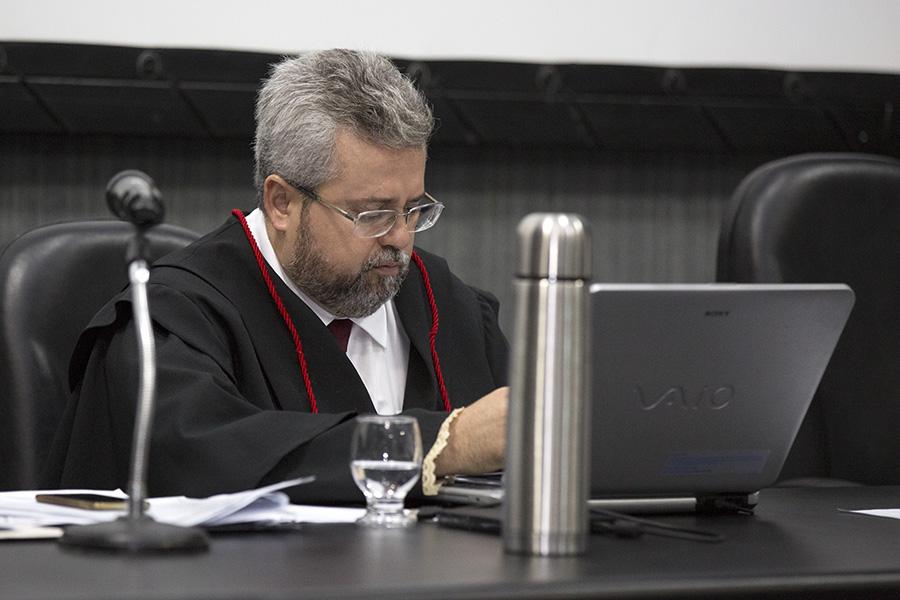 Promotor do MPE/AL Anderson Cláudio de Almeida Barbosa.