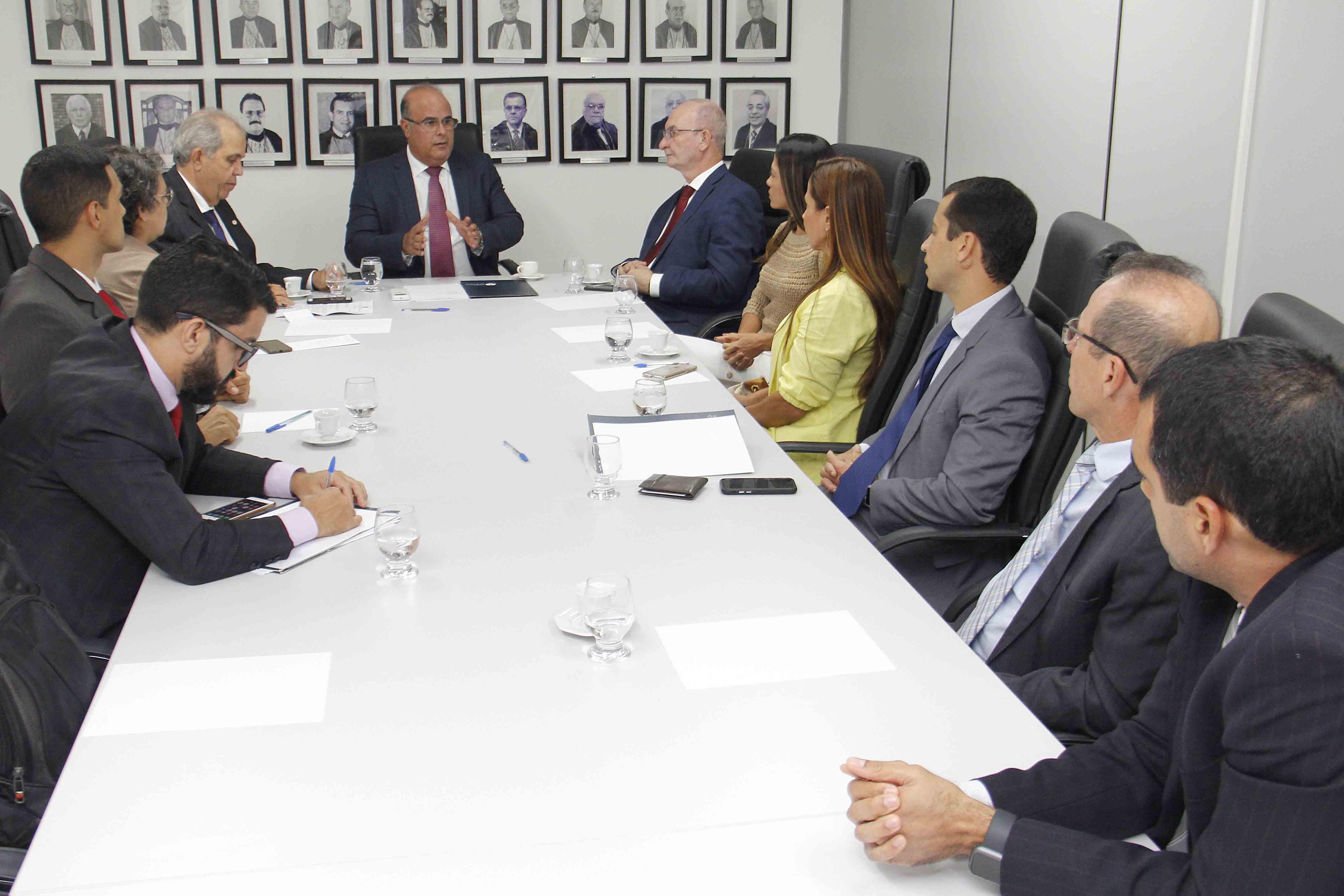 Reunião aconteceu no prédio da CGJ/AL, no bairro Prado, em Maceió. Foto: Itawi Albuquerque