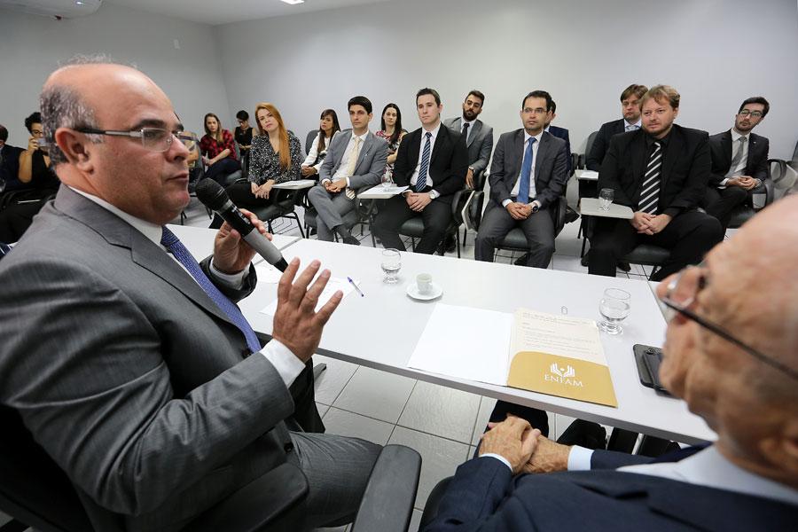 Para o diretor da Esmal, Fernando Tourinho, o juiz deve contribuir com desenvolvimento do jurisdicionado.