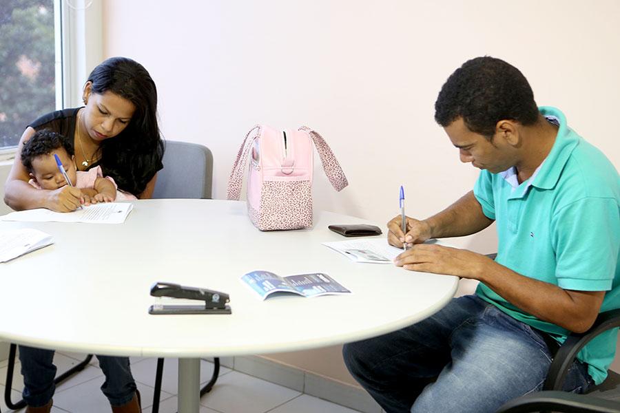 Tatiane Macena e Josiel Santos assinam acordo de conciliação.