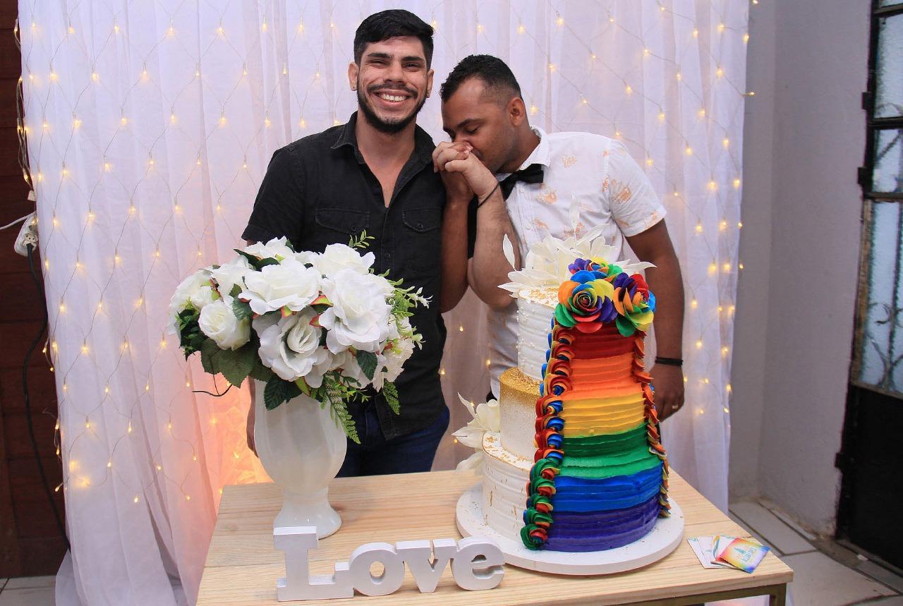 Jair Henrique e Jean dos Santos celebraram a união de mais de quatro anos. Foto: Adeildo Lobo