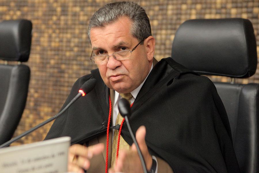 Presidente Washington Luiz Damasceno Freitas.