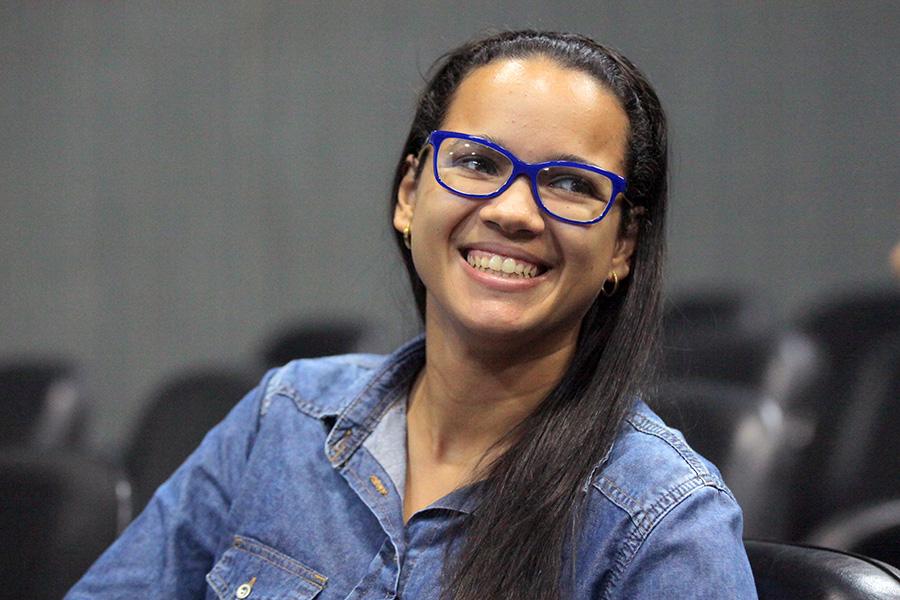 Laila  Gabriele Barros, assessora da 14ª Vara Criminal da Capital.