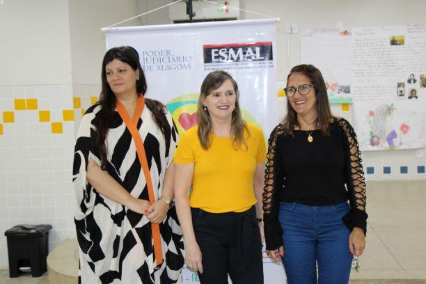 Moacyra Rocha, Conceição Marques e Ana Lúcia Fernandes.