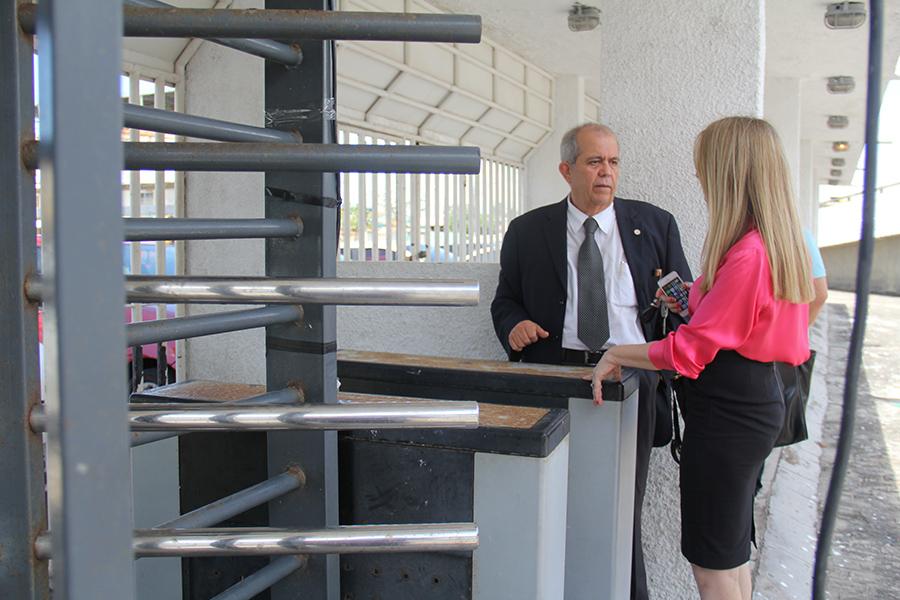 Juiz Celyrio Adamastor e a promotora de Justiça Sandra Malta Prata.