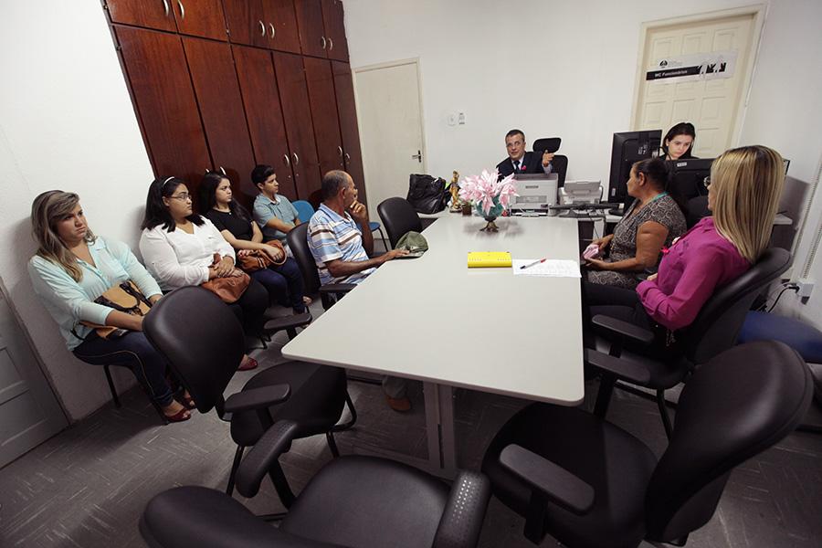 Seu José Ferreira e dona Inês Miguel participaram de audiência no Juizado da Mulher, nesta terça (8) (Foto: Anderson Moreira)