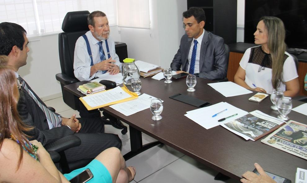 Corregedor e membros da Diati debateram implantação do PjeCor