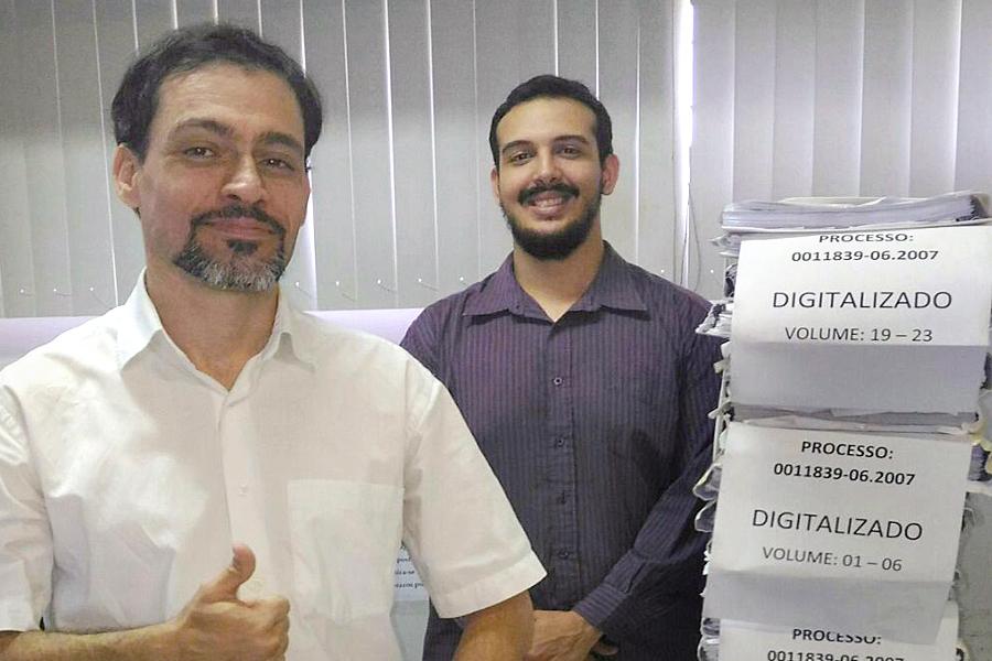 Servidores de Pilar digitalizaram processo com mais de sete mil folhas.
