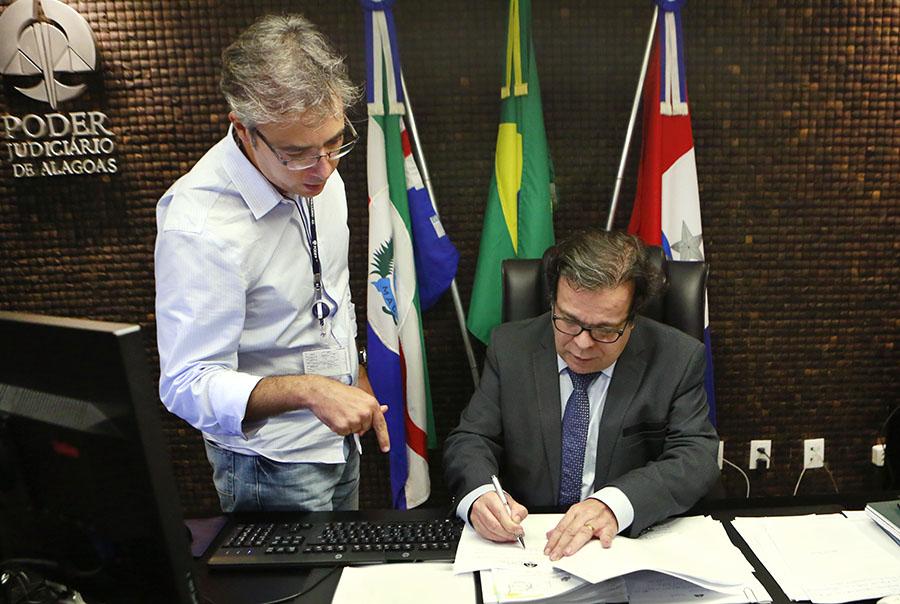 Em mensagem ao presidente Tutmés Airan, servidor agradeceu a confiança e listou os avanços da área durante a gestão