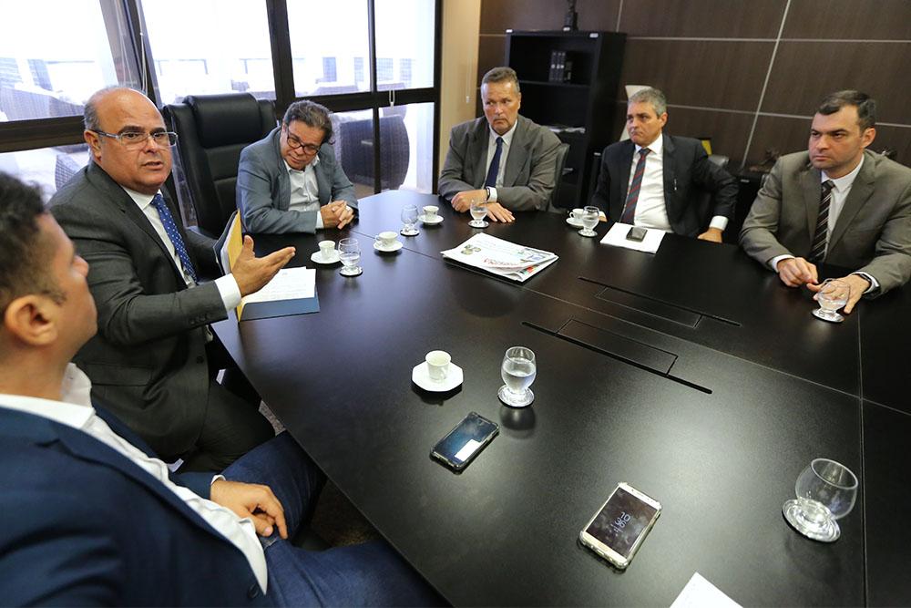 Corregedor se reúne com Segurança Pública em benefício das audiências de custódia