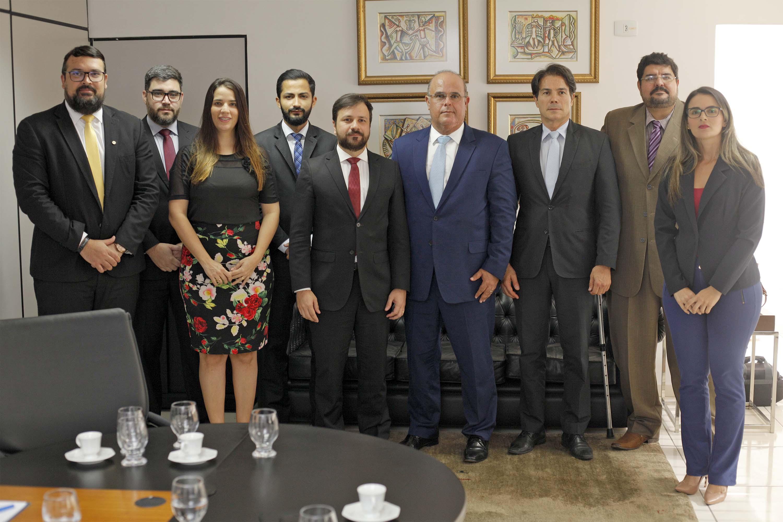 Corregedor Fernando Tourinho e membros Ordem dos Advogados do Brasil (OAB), seccional Alagoas. Foto: Itawi Albuquerque