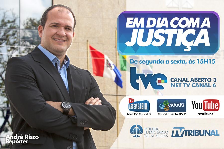 Repórter André Risco, da TV Tribunal.