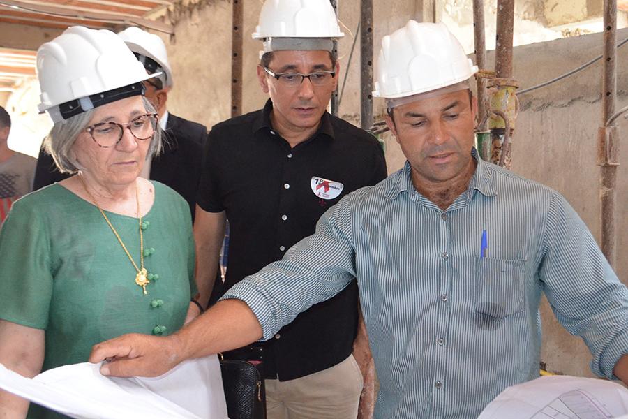 Desembargadora Elisabeth Carvalho visita obras do novo Fórum de Palmeira dos Índios