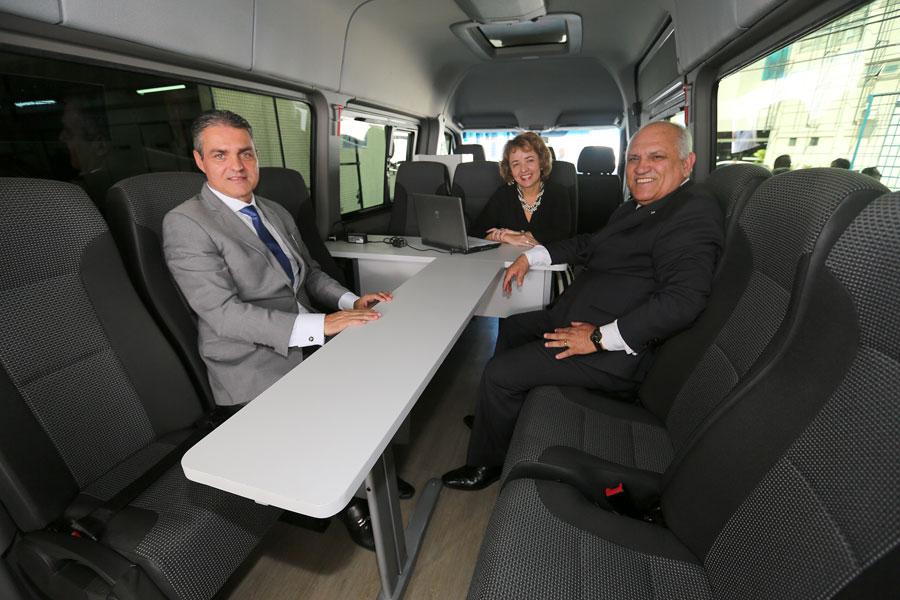 Juízes Maurício Brêda, presidente do Funjuris, Luciana Cavalcanti, titular do 12º JECC, e presidente Otávio Praxedes.