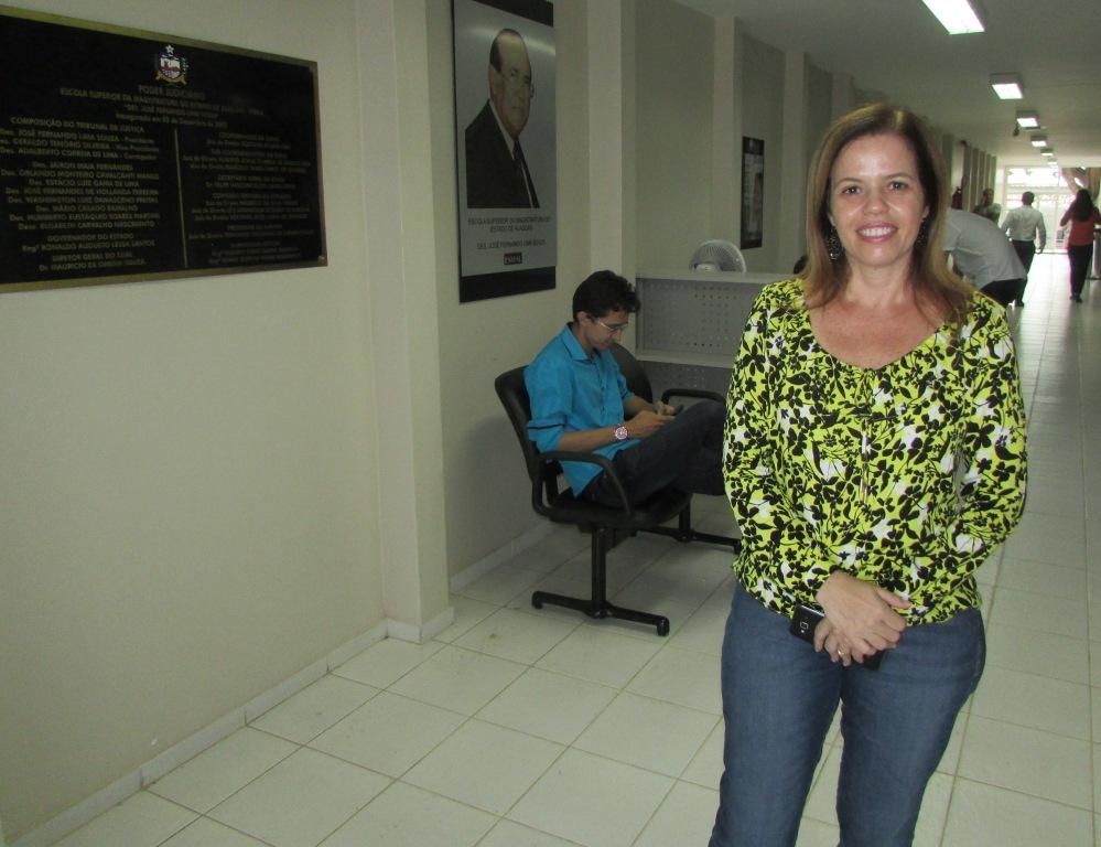 Servidora Raquel Ventura.