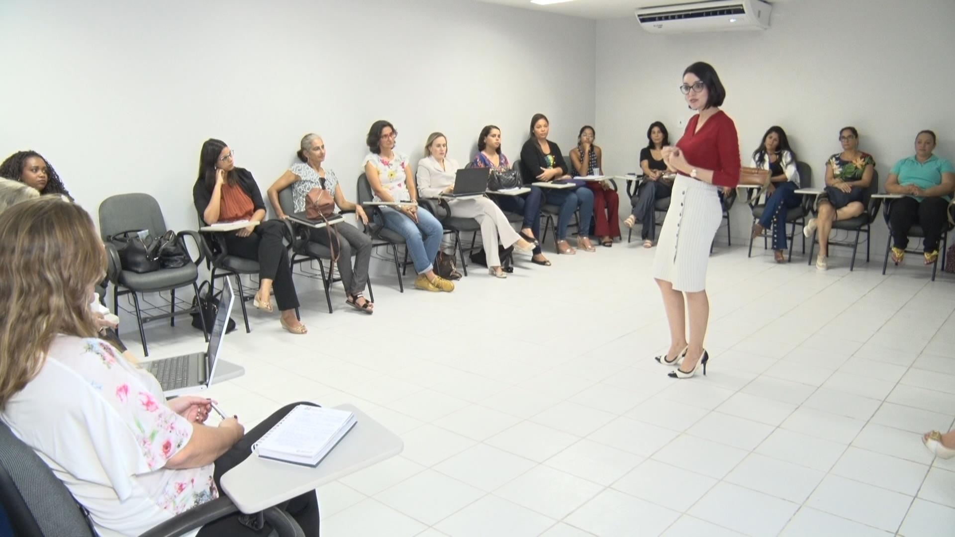 Métodos consensuais de soluções de conflitos é tema de curso na Esmal