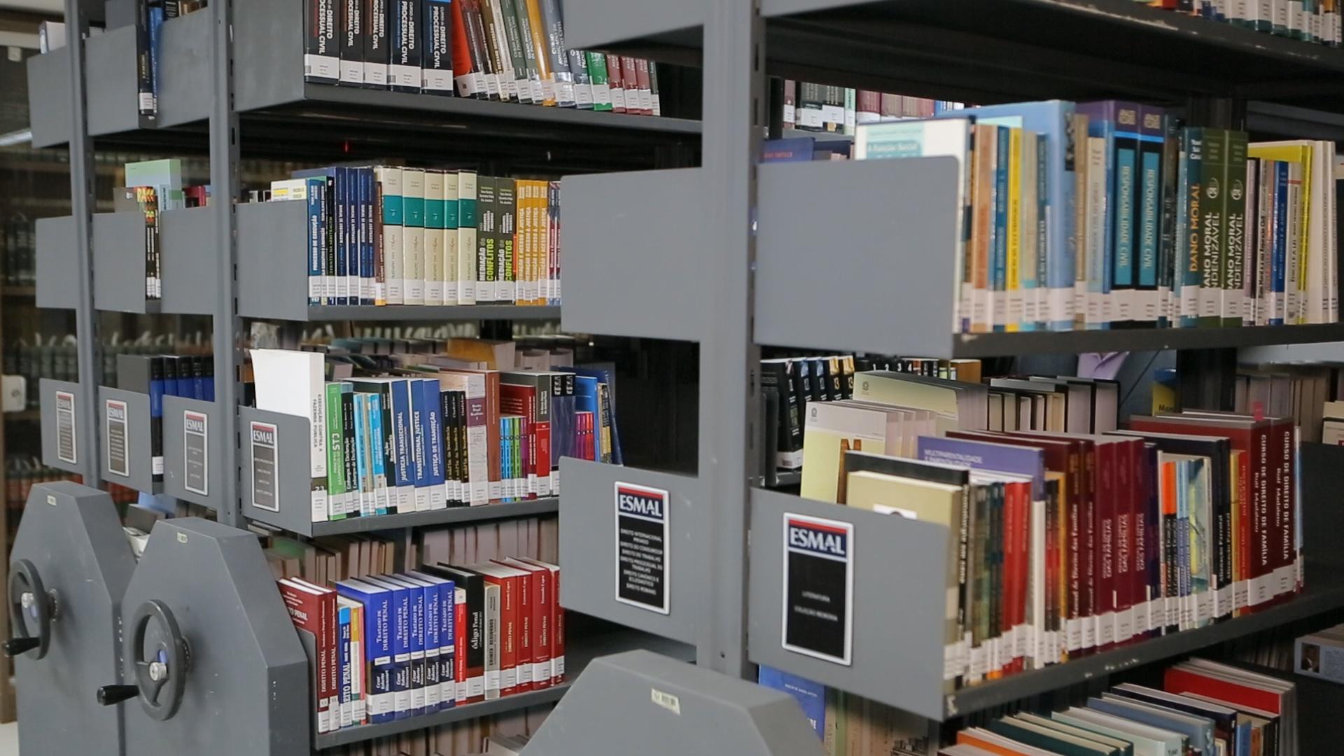 Biblioteca do Judiciário está em campanha para arrecadar livros